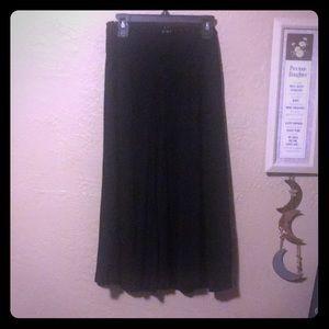 Old Navy Black Capri Culottes! Size Medium